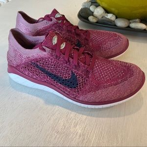 Nike Free Run Flyknit Raspberry 942839 Tennis Shoe